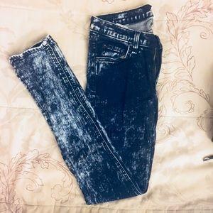Rag and Bone Mid-Rise Acid Wash Skinny Jeans 27
